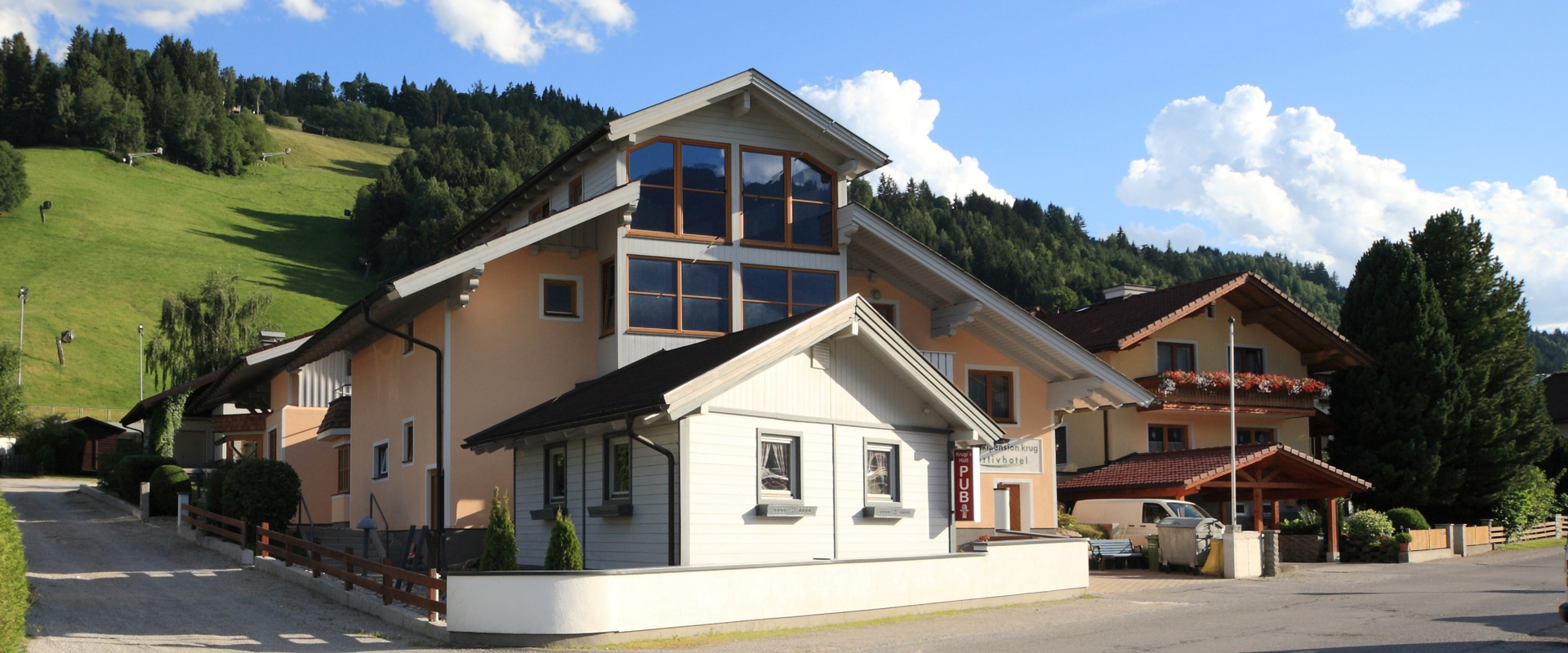 Golf- & Skipension Krug